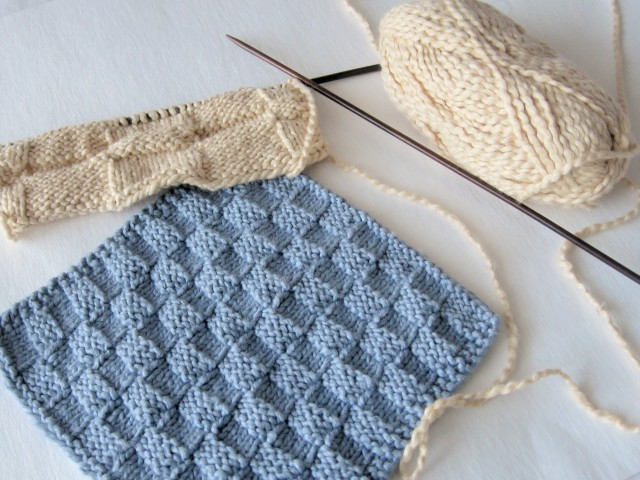 knitting washcloth with basket weave pattern